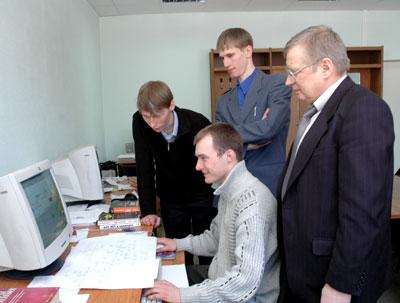 В лаборатории Систем управления знаниями (2006 г.)